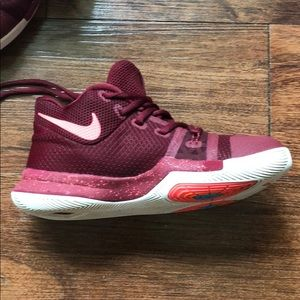 Nike Shoes - High top boys Nike Kyrie shoes